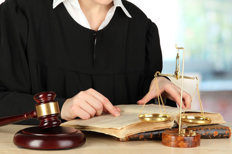 адвокаты по уголовным делам для несовершеннолетних Это